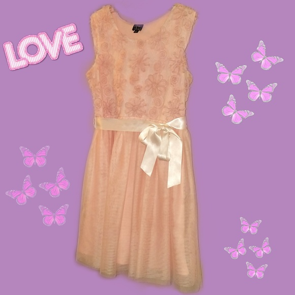 pink & Violet Other - Peach pink fancy dress with sash at waist Size 16